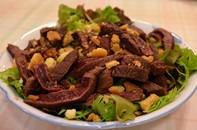 鹿肉のタタキと旬の野菜とグリッシーニ